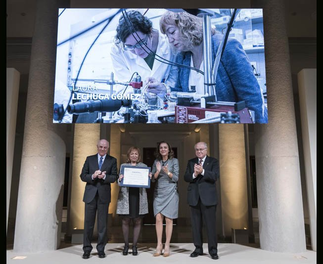Laura Lechuga received the Physics, Innovation and Technology Prize